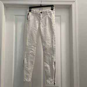 Current/Elliot size 25 white jeans